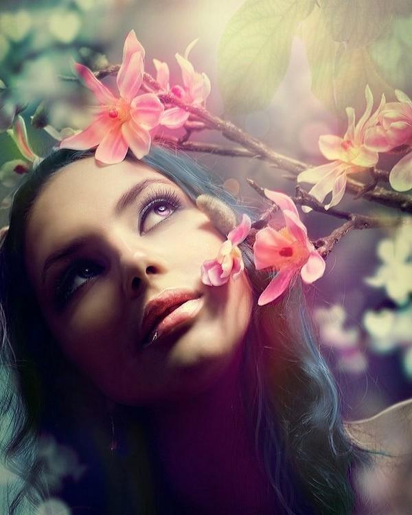 ===La mujer, un bello rostro...=== - Página 2 82fde332