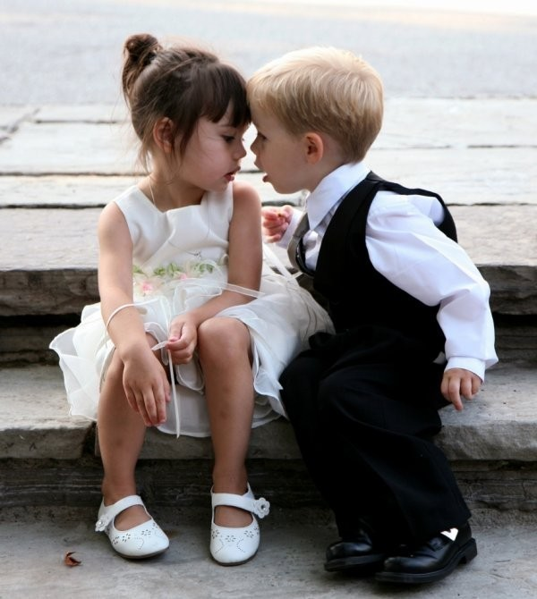 Adorable petit couple    ...
