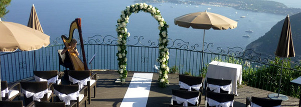 mariage romantique en bord de mer. Black Bedroom Furniture Sets. Home Design Ideas